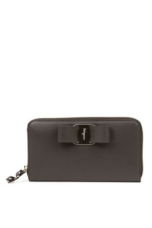 GREY LEATHER WALLET WITH BOW FW 2019 SALVATORE FERRAGAMO | 34 | 22D2670716067FLANEL