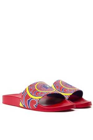 RED SLIDE SANDALS WITH MULTICOLOR PRINT FW 2019 VERSACE | 87 | DSU6516DGOMJGD7PPY