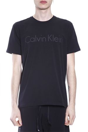 alt='T-SHIRT JALO IN COTONE PE 2017 CALVIN KLEIN | 15 | K10K100980JALO013' title='T-SHIRT JALO IN COTONE PE 2017 CALVIN KLEIN | 15 | K10K100980JALO013'