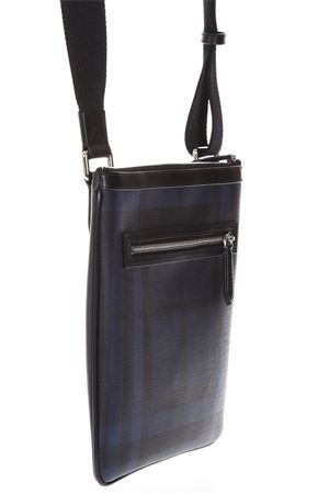 BLACK AND BLUE FABRIC SMOKED SHOULDER BAG SS 2018 BURBERRY | 2 | 39962241NAVY/BLACK