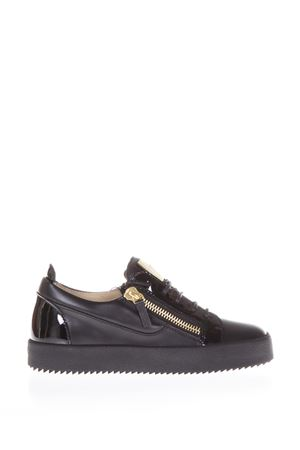 SNEAKERS LOW-TOP IN PELLE E VERNICE NERA PE 2018 GIUSEPPE ZANOTTI | 55 | RW70000002BIREL/VAGUENERO