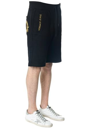 BLACK COTTON SHORTS WITH GOLD LETTERING SS 2018 VERSACE JEANS | 110000034 | GRB1FL36604Y6A