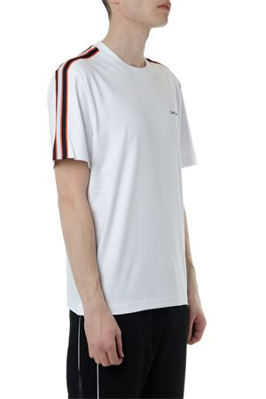 WHITE COTTON T-SHIRT WITH CONTRASTING COLOR STRIPES SS 2019 CALVIN KLEIN | 15 | K10K1030081105