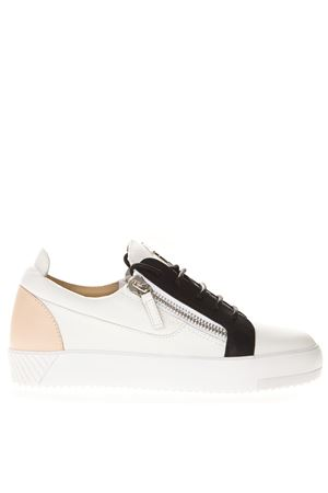 WHITE LEATHER CONTRASTING PANELS SNEAKER SS19 GIUSEPPE ZANOTTI | 55 | RS90036FULMINE BBBCO+BAMBOLA004