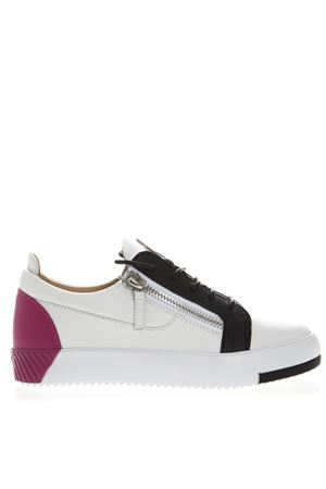 WHITE LEATHER SNEAKERS WITH CONTRASTING COLOR DETAILS SS 2019 GIUSEPPE ZANOTTI | 55 | RS90036FULMINE C80531BBCN+PART002