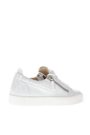 SNEAKERS IN WHITE CRACKED EFFECT LEATHER SS 2019 GIUSEPPE ZANOTTI | 55 | RW70001LOGOBALL C79568TA072