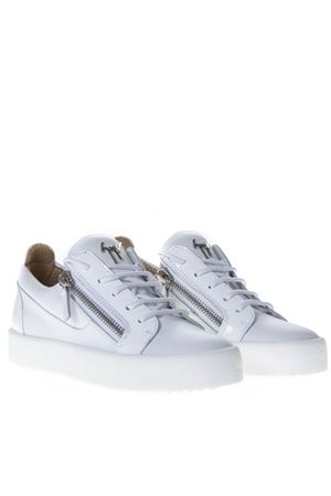 WHITE PATENT LEATHER SNEAKER SS19 GIUSEPPE ZANOTTI | 55 | RW70001LOGOBALL C79573BB074