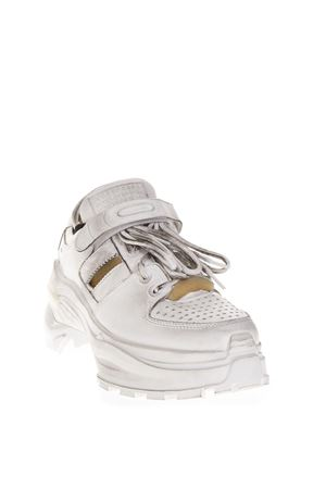 SNEAKERS IN PELLE BIANCA EFFETTO VINTAGE PE 2019 MAISON MARGIELA | 55 | S39WS0037P2082H1609
