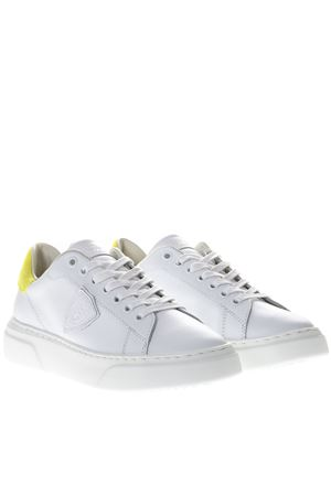 WHITE LEATHER SNEAKERS WITH YELLOW SUEDE INSERT SS 2019 PHILIPPE MODEL | 55 | BGLDUNIVN02