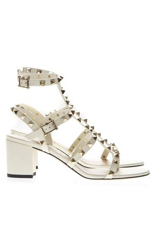 IVORY LEATHER ROCKSTUD SANDAL WITH DOUBLE STRAP CLOSURE SS 2019 VALENTINO GARAVANI | 87 | RW2S0491VBPI16