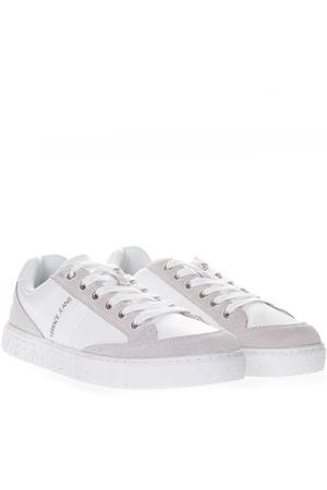 WHITE FAUX LEATHER SNEAKERS WITH SUEDE DETAILS SS 2019 VERSACE JEANS | 48 | E0YTBSF3 70744UNI003
