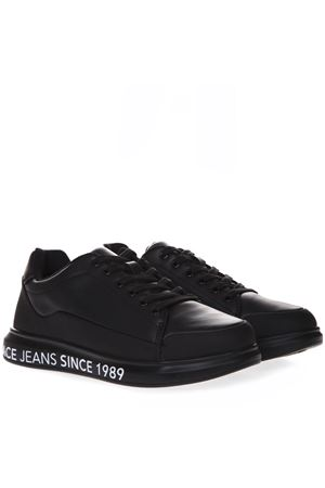 BLACK LEATHER SNEAKERS WITH LOGO SS 2019 VERSACE JEANS | 48 | E0YTBSN1 70992UNI899