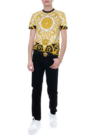 GOLD HIBISCUS PRINT T-SHIRT IN COTTON SS 2019 VERSACE | 15 | A79334A228638A771