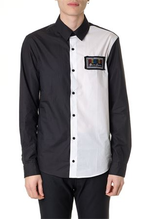 BICOLOR SHIRT BLACK & WHITE WITH EMBROIDERED 90S LOGO PE 2019 VERSUS | 9 | BU20332BT10594B2144