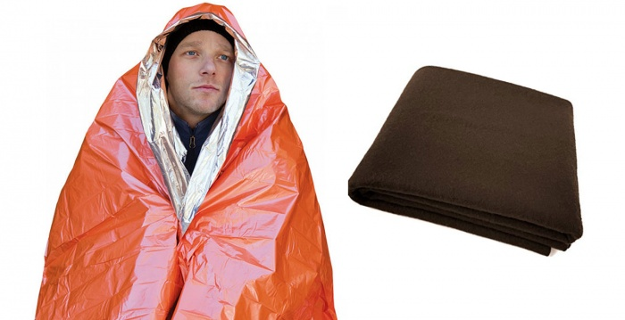 Emergency Blankets for Winter Driving Safety