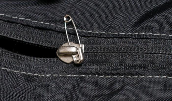safety pin zipper