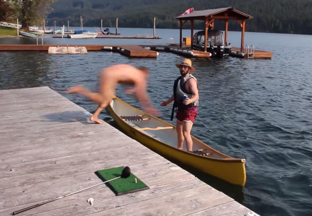 naked-women-in-canoe