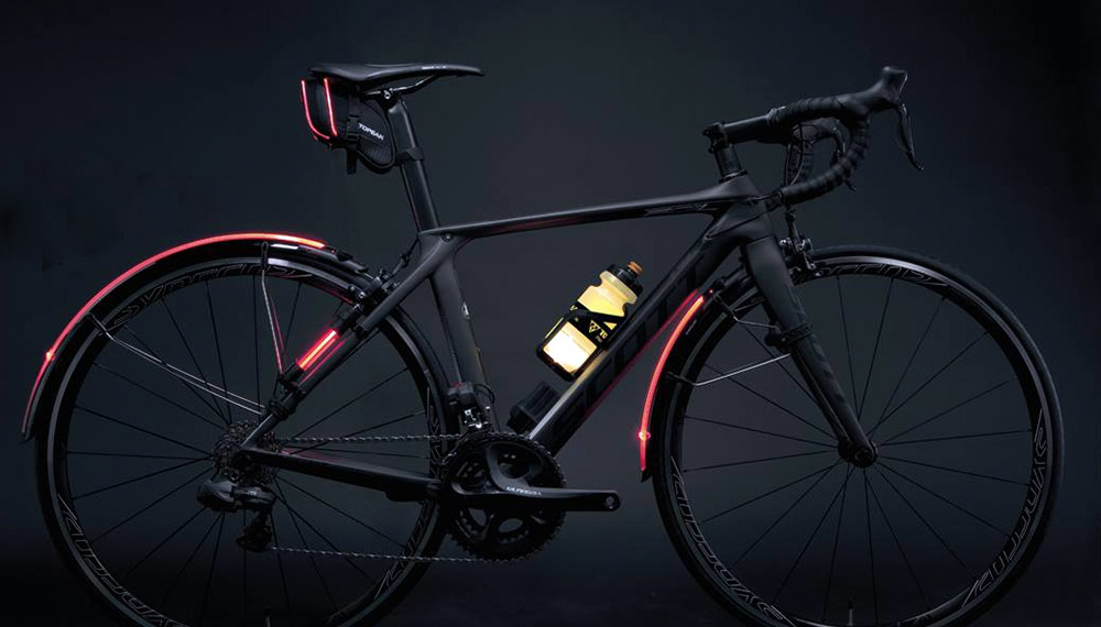 topeak-glowing-led-bike-water-bottles