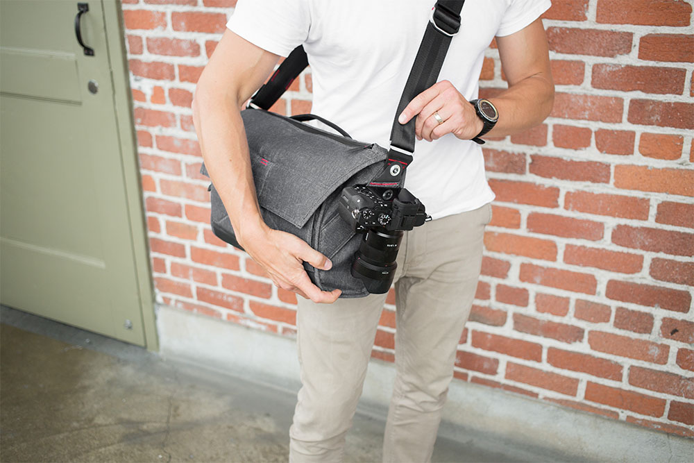 Everyday Messenger bag from Peak Design with Camera