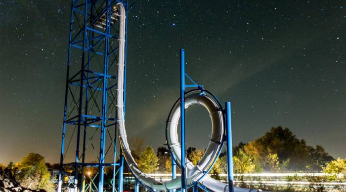 vertcial looping waterslide