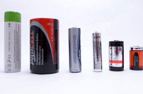 best flashlight battery