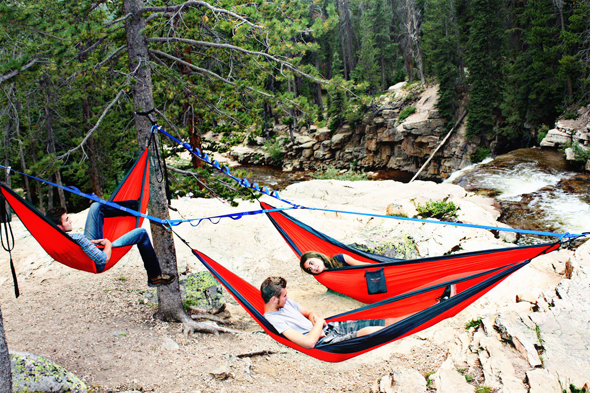 create hammock commune with tree o frame