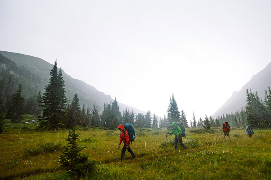 backpacking-in-rain