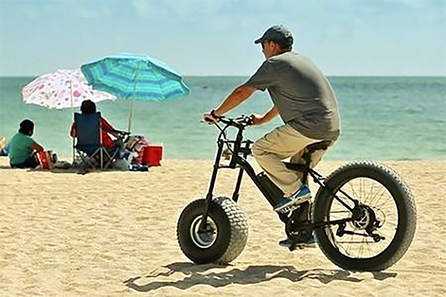 bike-on-sand