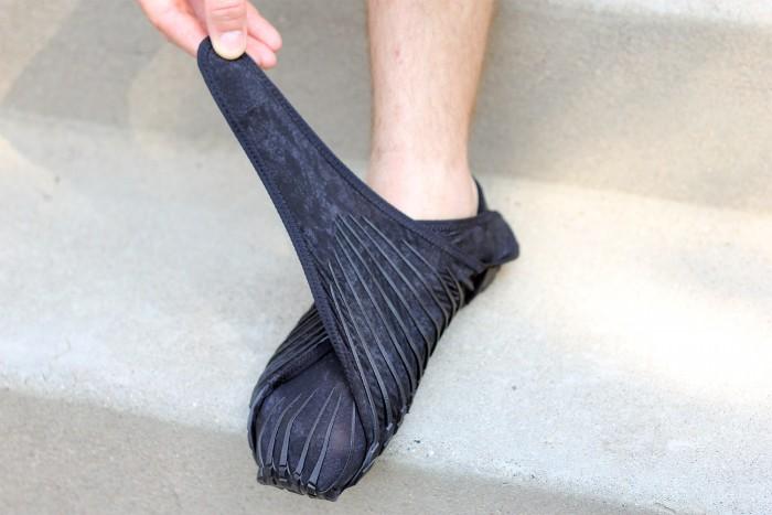 vibram-wrap-shoes