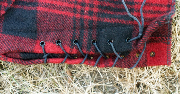 Lacing keeps snow out of the lower leg of the pant