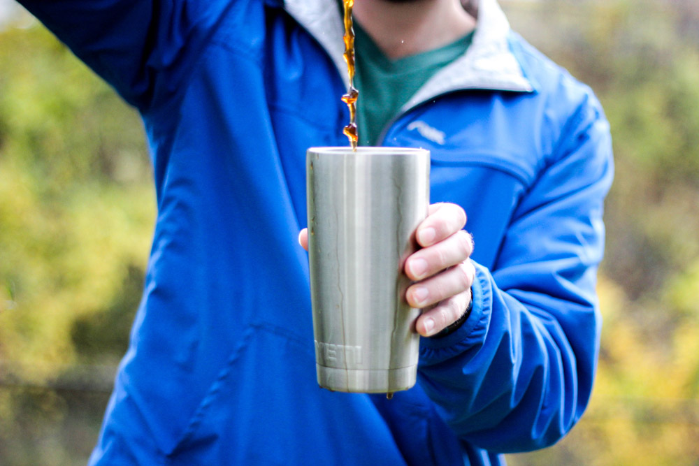 Yeti Rambler Tumbler pouring close