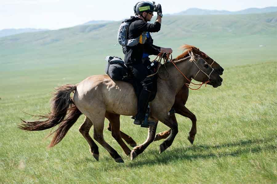 mongol-horse-race