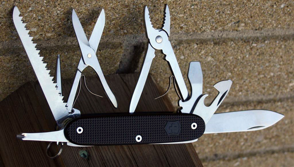 Top 8 Great Multi Tools For Outdoors Edc Tasks