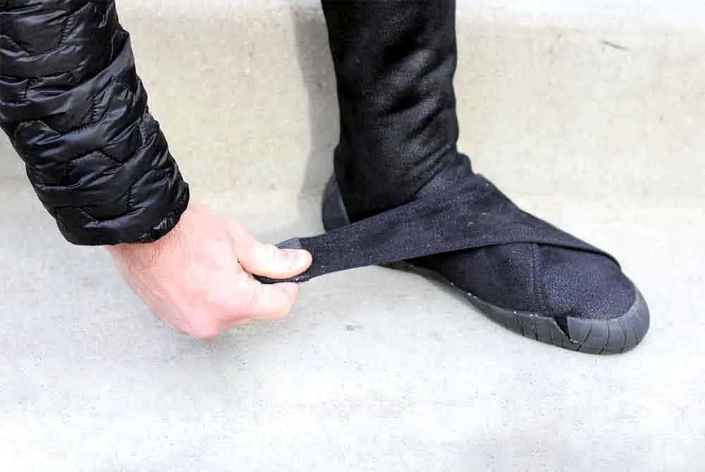 Winter Furoshiki' Footwear