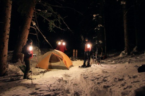 Snowshoing Camp