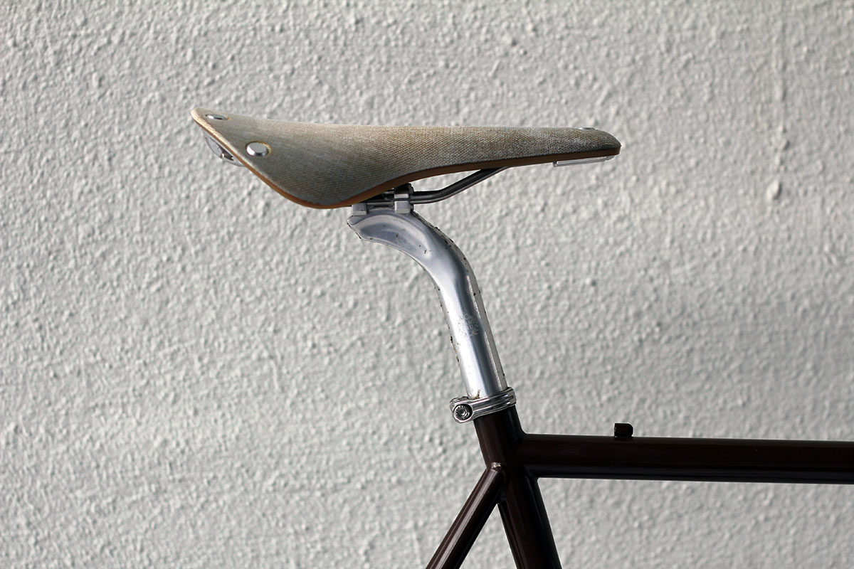 brooks-saddle-Cambium-non-leather
