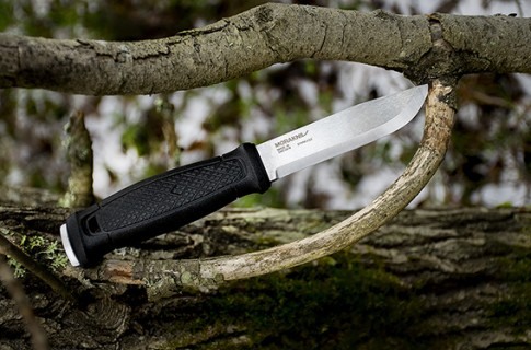 Morakniv Garberg survival knife