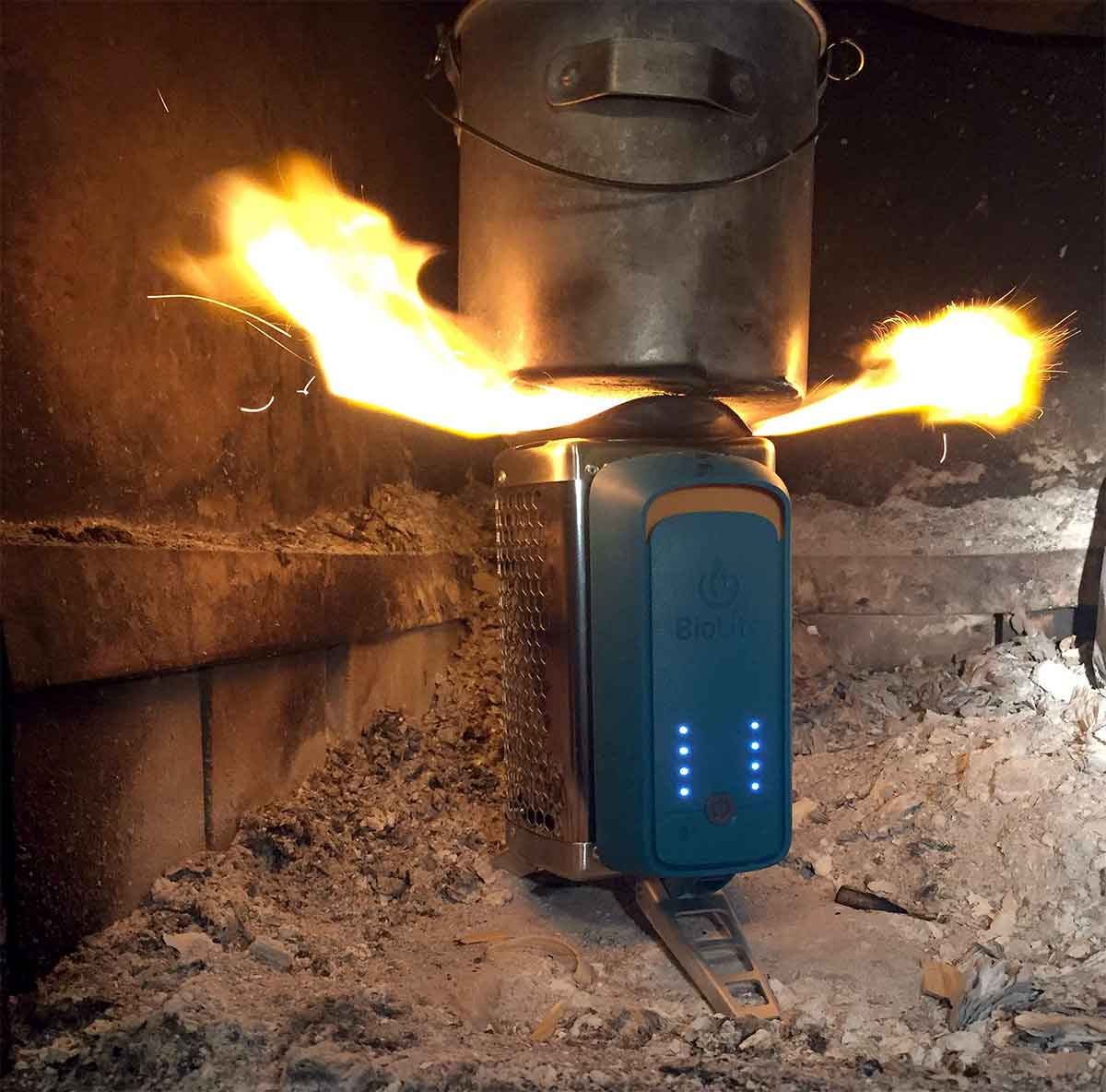 CookStove' Has Fan To Stoke Blaze | GearJunkie