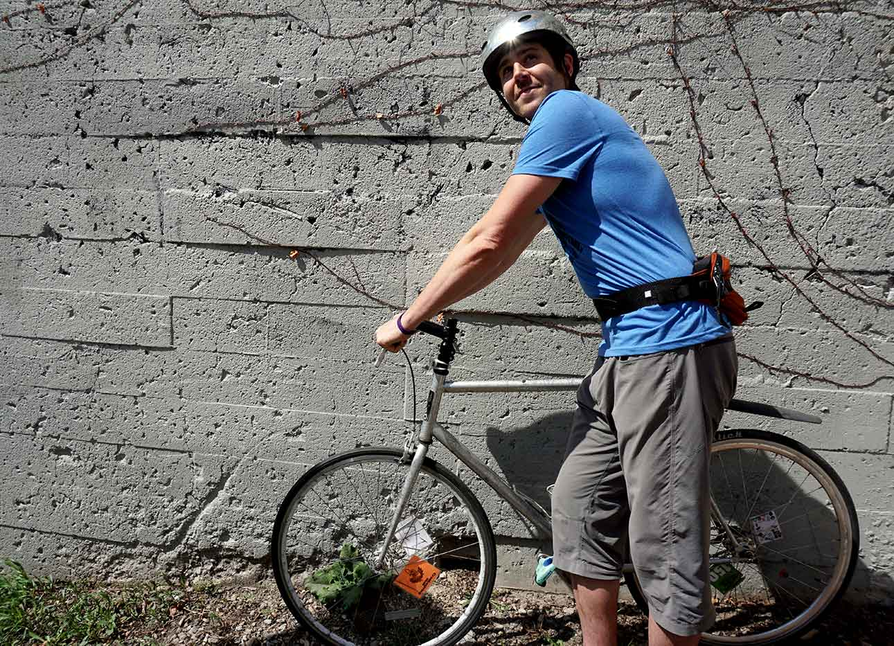 fanny-packs-for-bikes