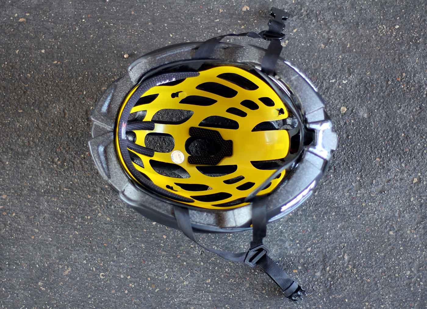 review-lazer-z1-mips-bike-helmet