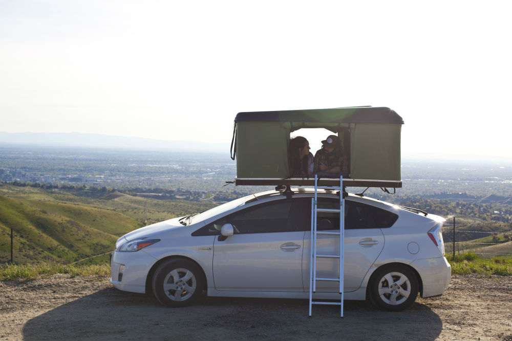 Black Fin Camper Box Prius Camp