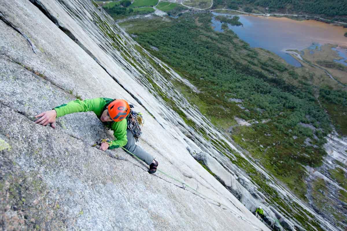 brendan-leonard-climbing