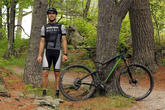 GearJunkie tester with Niner bike