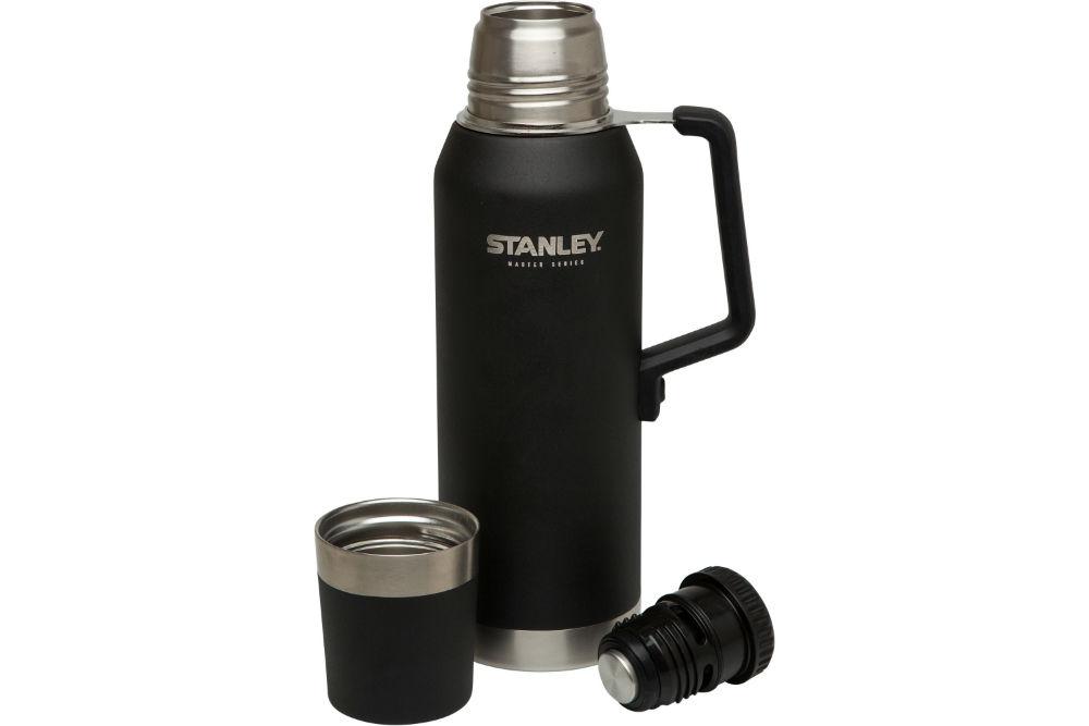 stanley master series 1.4-quart vacuum insulated bottle