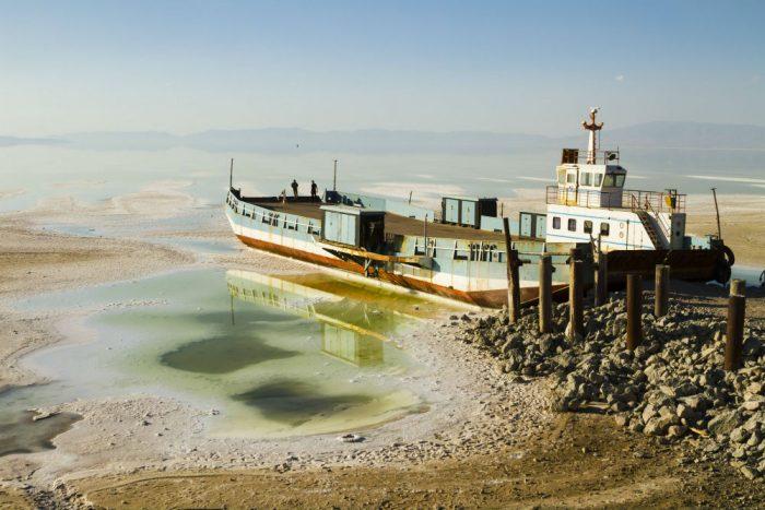 Yazdani_Pedram beached ship