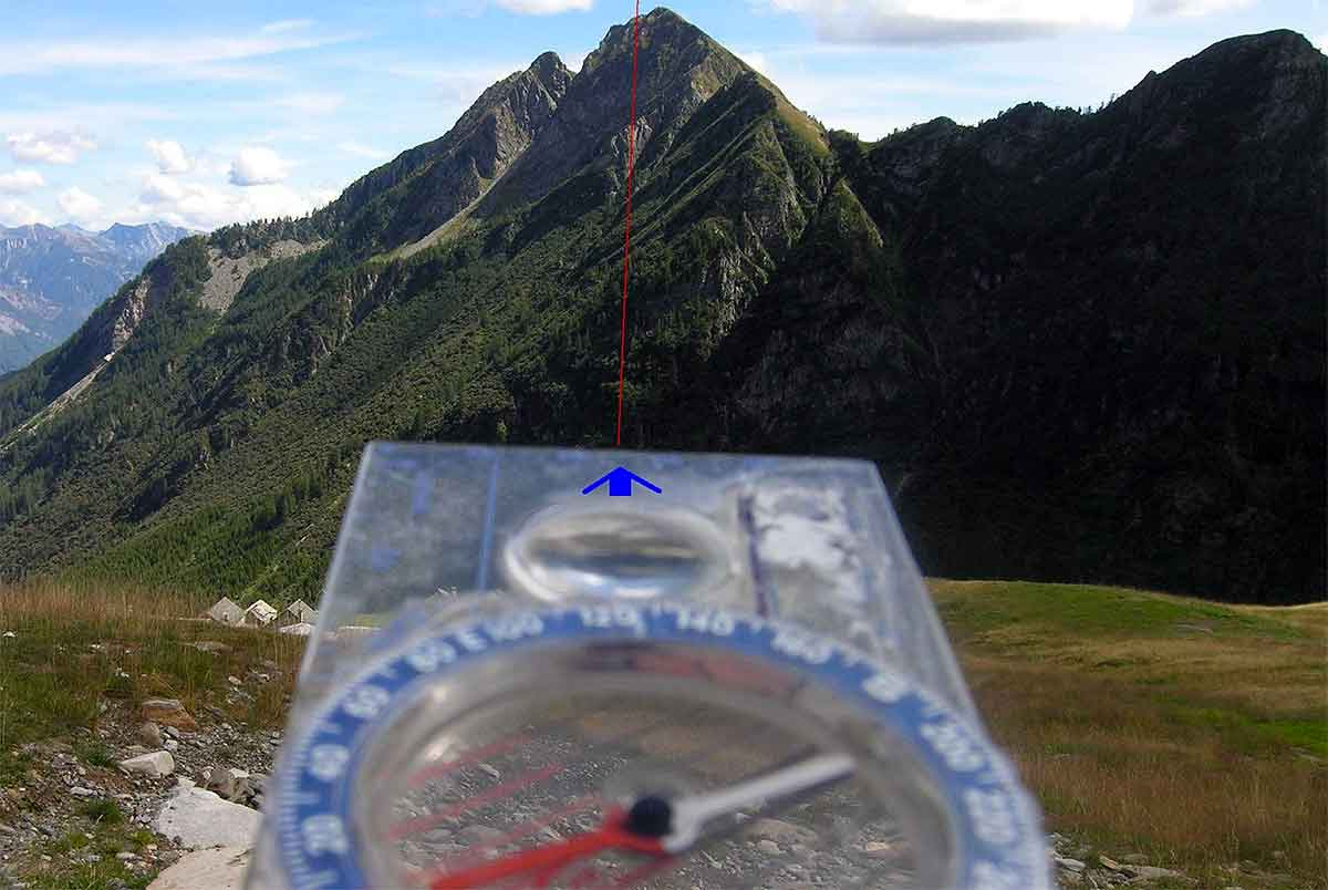Map & Compass: How To Navigate And Orienteer