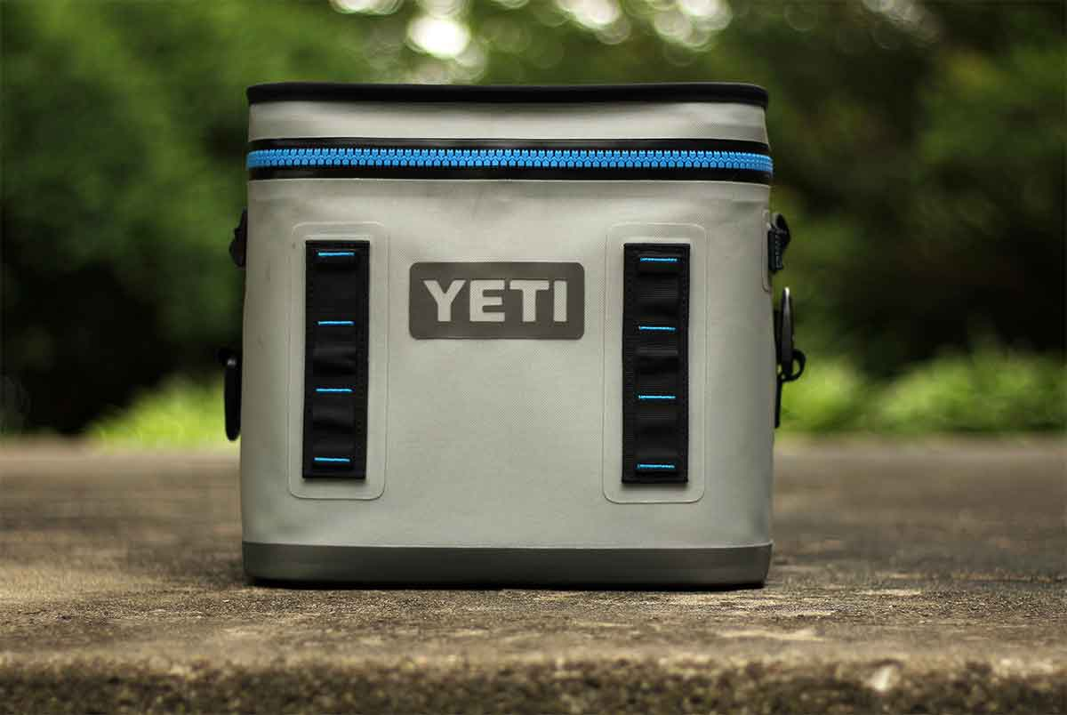 YETI Hopper Flip 12 Cooler closed