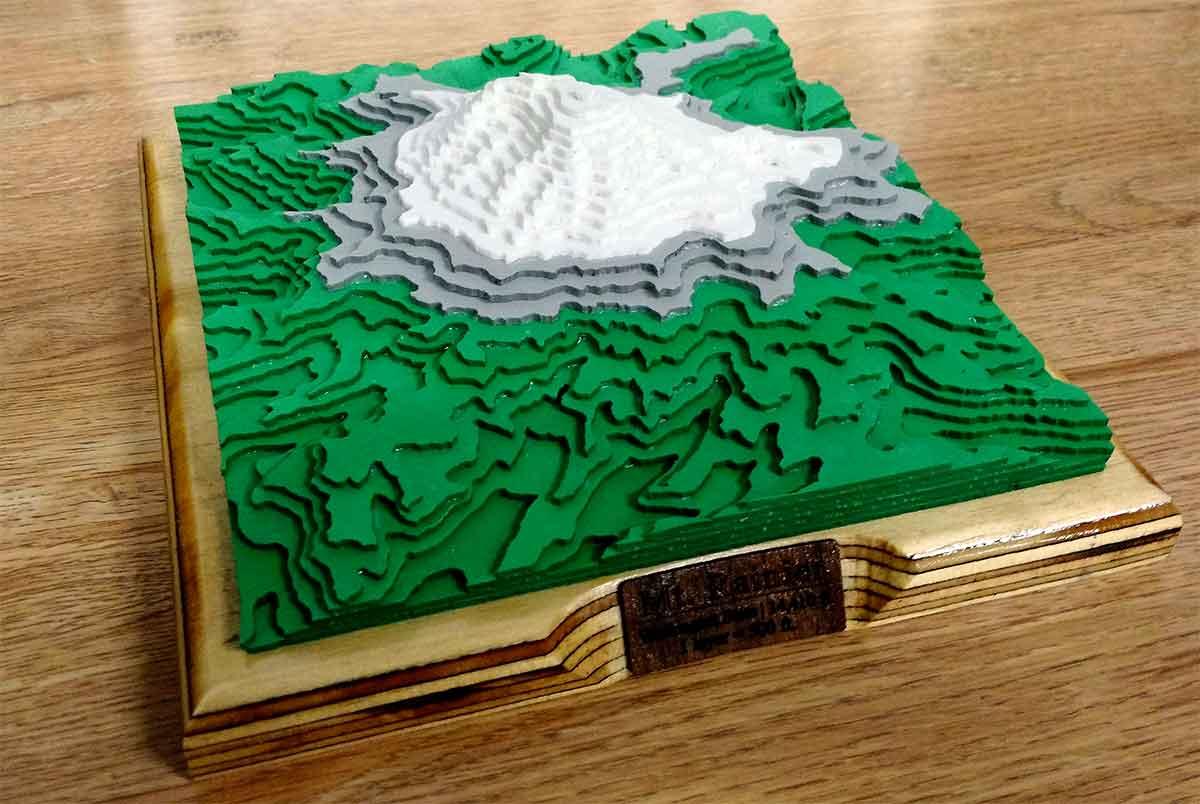 woodcut-mount-rainier