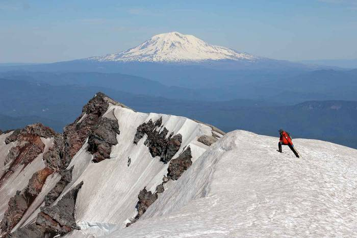 mount st helens climbing summit