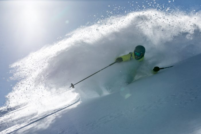 powder skiing